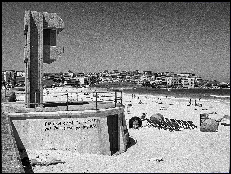 Bondi Beach, Sydney, 1980